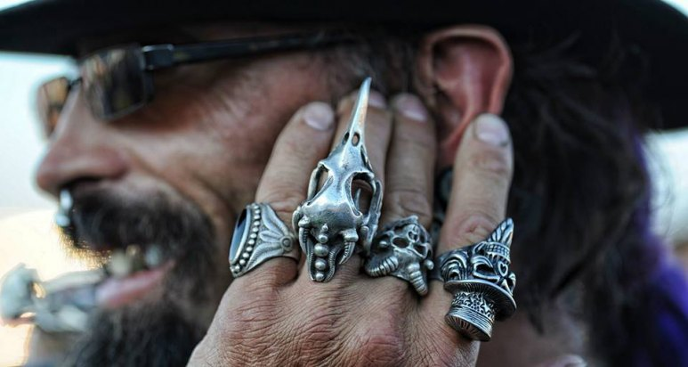 man with fingerrings